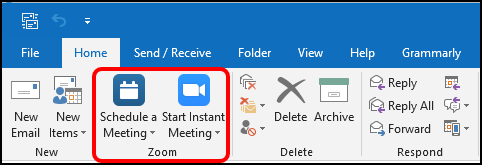 Microsoft Outlook main ribbon showing a Zoom section with Zoom buttons